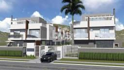 Casa à venda com 3 dormitórios em , Curitiba cod:030-S