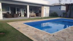 Título do anúncio: REF 2881 Casa Ninho Verde, 3 dormitórios, piscina, Imobiliária Paletó
