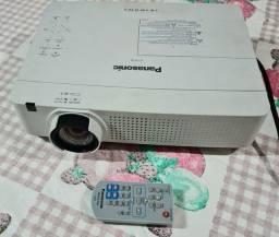 Título do anúncio: Projetor Panasonic vw330