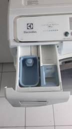 Lava e Seca Electrolux LSE12 127V