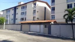 Apartamento com 3 dormitórios à venda, 97 m² por R$ 350.000,00 - Vila União - Fortaleza/CE