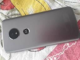 Moto e5 Platinum digital