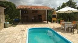 Aluga-se esta ótima chácara com casa sede e piscina em Chã Grande!. Para finais de Semana!