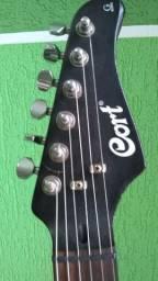 Guitarra cort top