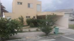 Casa de condomínio para alugar com 4 dormitórios cod:L38358UR