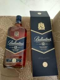 Whisky Ballantines 12 anos. Original.