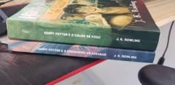 Vendo livros Harry Potter.