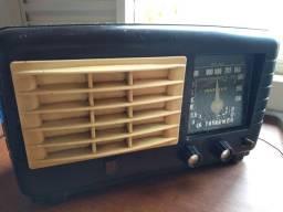 Rádio Invictus 525 FUNCIONANDO