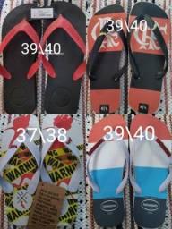 Título do anúncio: Sandálias Disponíveis