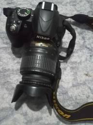 Camera Nikon b3100  Usada