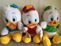 Título do anúncio: Os tres patinhos - Disney - pelucia ? importado