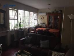 Sobrado com 4 dormitórios à venda, 270 m² por R$ 900.000 - Centro - Pelotas/RS