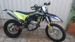 Título do anúncio: Ótima e linda moto Sherco 300!