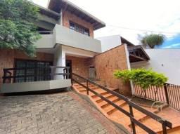 Casa com 4 dormitórios para alugar, 317 m² por R$ 3.950,00/mês - Araxá - Londrina/PR