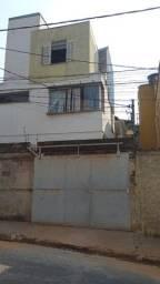 Título do anúncio: Casa 3 pavimentos + 2 kitnets em obras nos fundos do terreno