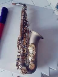 Sax Alto em Mib  Milano, cinza fosco c/ Chaves Dourada