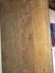 Mesa de dois metros e meio