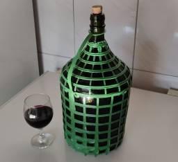 Vinho tinto artesanal (Colonial)