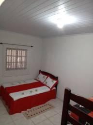 Alugo casa Nova na prainha de Mambucaba Paraty, a 50 metros da areia do mar.