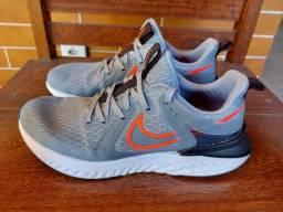 Nike Legend React 41