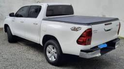 Hilux SR Diesel 2019 - Estado de Nova - Único dono!