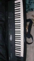 Teclado  vendo troco musical s03 Yamaha