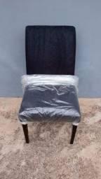 Cadeiras em madeira