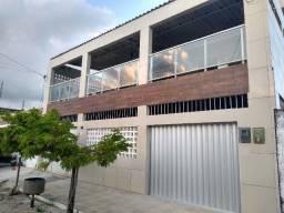 Casa com 160 m² em Olinda