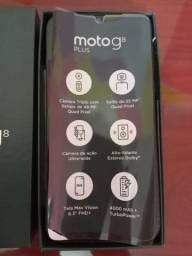 Título do anúncio: Celular moto G8 plus 64 gb 4ram usado