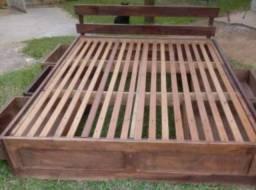 Cama de casal em madeira 6 gavetas