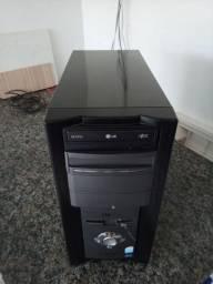 Pentium 4 3.0 Ghz.
