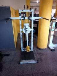Máquina de glúteo (Apolete ( ótimo estado)