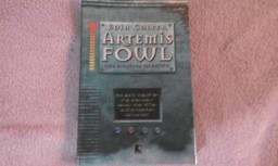 Vendo livro Artemis Fowl - Uma Aventura no Ártico