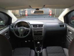 Vw - Volkswagen Spacefox - 2014
