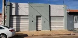 Casa na Mário Andreaza próximo posto Papito com 150m2 de área construída, terreno 10x20