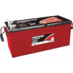 Vende-se duas baterias estacionárias Freedom. Df4001 240Ah novas/lacradas