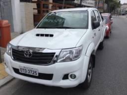 Toyota Hilux std 3.0 diesel turbo intercooler4x4 2014 - 2014