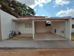 Ágio - Casa em condomínio 2 Qts, 1 Suíte - Armários e área gourmet - Aceito parte em carro