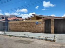 Casa em Cidade Satélite - 4 quartos(1suíte)