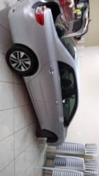 Corolla 2012 impecável e com baixo KM