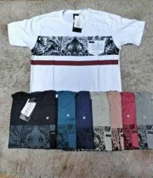 Camisas e bermudas masculinas