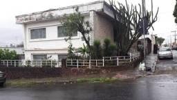 Casa com 3 dormitórios para alugar, 175 m² por R$ 2.500/mês - Carlos Prates - Belo Horizon
