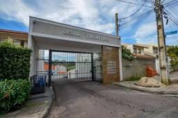 Casa com 3 dormitórios para alugar, 175 m² por R$ 2.400,00/mês - Santa Cândida - Curitiba/