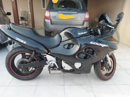 Vendo moto JTA Suzuki GSX750F