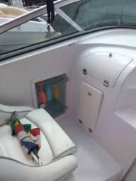 Lancha Magna 260 cabinada, sem motor. Abaixei o preço pra vender logo!!