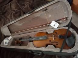 Violino novo acompanha caixa medidor de acordes