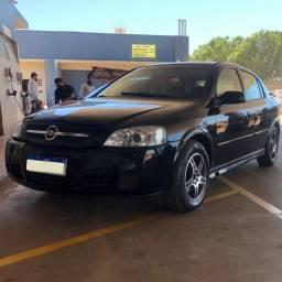 Astra 2009/2010 preto