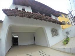 Alugo Casa Comercial / Residencial em Jucutuquara com 387m² e 5 quartos - R$ 5.000