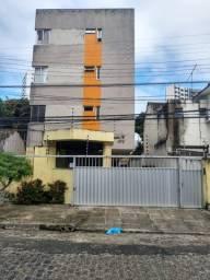 Apto 3 quartos c/suíte no bairro do Prado