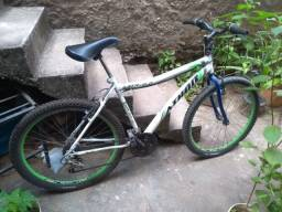 Vendo bicicleta de marcha aro 26